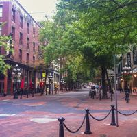 Gastown 4/4 by Tripoto