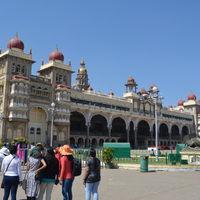 Mysore Maharajah's Palace (Amba Vilas) 2/4 by Tripoto