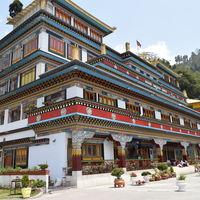 Dali Monastery 2/2 by Tripoto