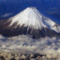 Mount Fuji 3/3 by Tripoto