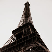 Eiffel Tower 4/72 by Tripoto