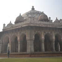 Isa Khan's Tomb 3/5 by Tripoto