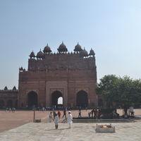 Jama Masjid 2/3 by Tripoto