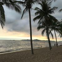 Jomtien Beach 5/8 by Tripoto