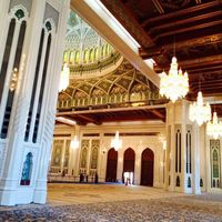Sultan Qaboos Grand Mosque 4/11 by Tripoto