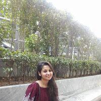 Dolly Shukla Travel Blogger
