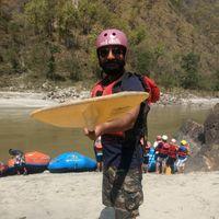Beardo Raveller Travel Blogger