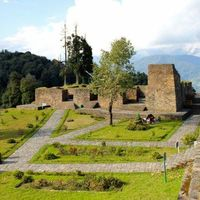Rabdentse Ruins 4/5 by Tripoto