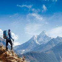 Sampy Travel Blogger