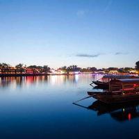Houhai Lake 2/3 by Tripoto