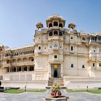 City Palace of Udaipur 5/152 by Tripoto