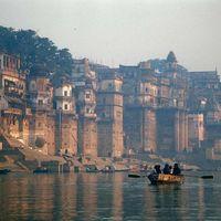 Dasaswamedh Ghat 2/28 by Tripoto