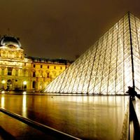 Musee du Louvre 2/76 by Tripoto