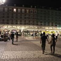 Plaza Mayor 2/3 by Tripoto