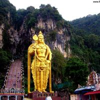 Batu Caves 3/8 by Tripoto