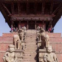 Bhaktapur Durbar Square 3/4 by Tripoto