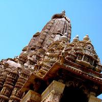 Kandariya Mahadev Temple Khajuraho 2/2 by Tripoto