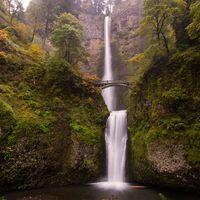 Multnomah Falls 3/4 by Tripoto