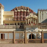 Hawa Mahal - Palace of Wind 5/88 by Tripoto