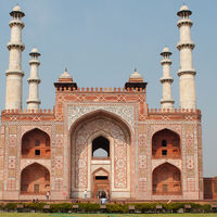 Tomb of Akbar the Great 2/3 by Tripoto