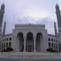 Al Saleh Mosque 3/3 by Tripoto