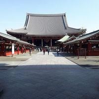 Sensō-ji 5/6 by Tripoto