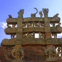 Sanchi Stupas 4/16 by Tripoto