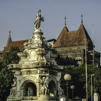 Flora Fountain 2/2 by Tripoto