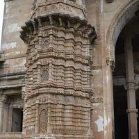 Shehar Ki Masjid 2/4 by Tripoto
