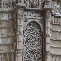 Shehar Ki Masjid 3/4 by Tripoto