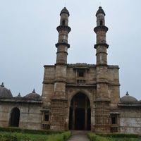 Shehar Ki Masjid 4/4 by Tripoto