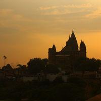 Chaturbhuj Temple 3/5 by Tripoto