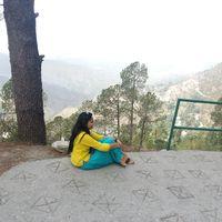 sukriti Travel Blogger
