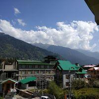 Kanyal Road 3/6 by Tripoto