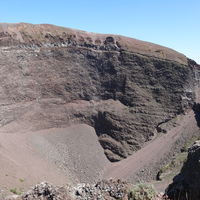 Mount Vesuvius 5/10 by Tripoto