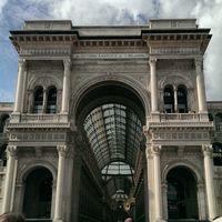 Galleria Vittorio Emanuele II 2/2 by Tripoto