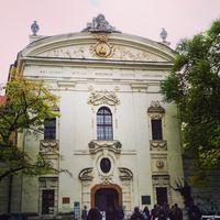 Strahov Monastery 2/4 by Tripoto