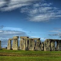 Stonehenge 4/17 by Tripoto