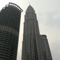 Petronas Twin Towers 4/18 by Tripoto