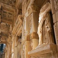 Ephesus Museum 3/4 by Tripoto