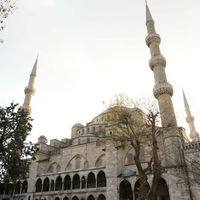 Sultan Ahmed Mosque 3/5 by Tripoto