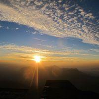 Adam's Peak 3/25 by Tripoto