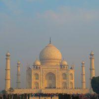 Taj Mahal 4/159 by Tripoto