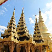 Shwedagon Pagoda 2/16 by Tripoto