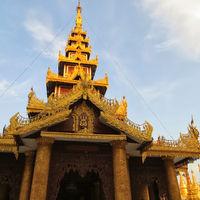 Shwedagon Pagoda 5/16 by Tripoto