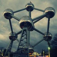 Atomium 3/7 by Tripoto