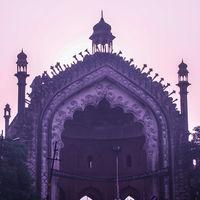 Rumi Darwaza 3/7 by Tripoto