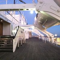 The Queen Mary 4/31 by Tripoto
