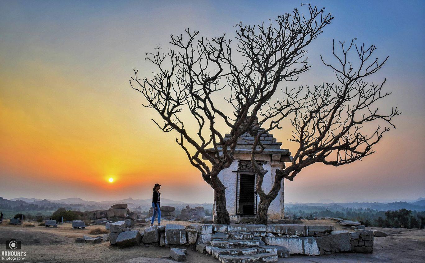 Photo of Hemakuta Hill Temple By Saurav Akhouri