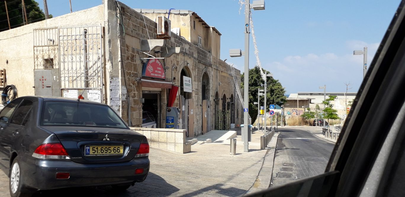 Photo of Tel Aviv-Yafo By Aniruddh Mali